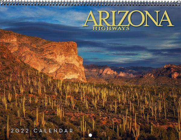 2022 Classic Wall Calendar